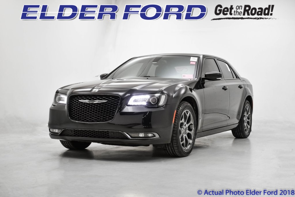 2015 Chrysler 300 S V6 photo