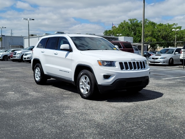 2016 Jeep Grand Cherokee Laredo photo