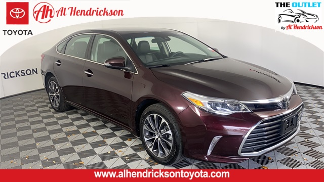 2018 Toyota Avalon XLE photo