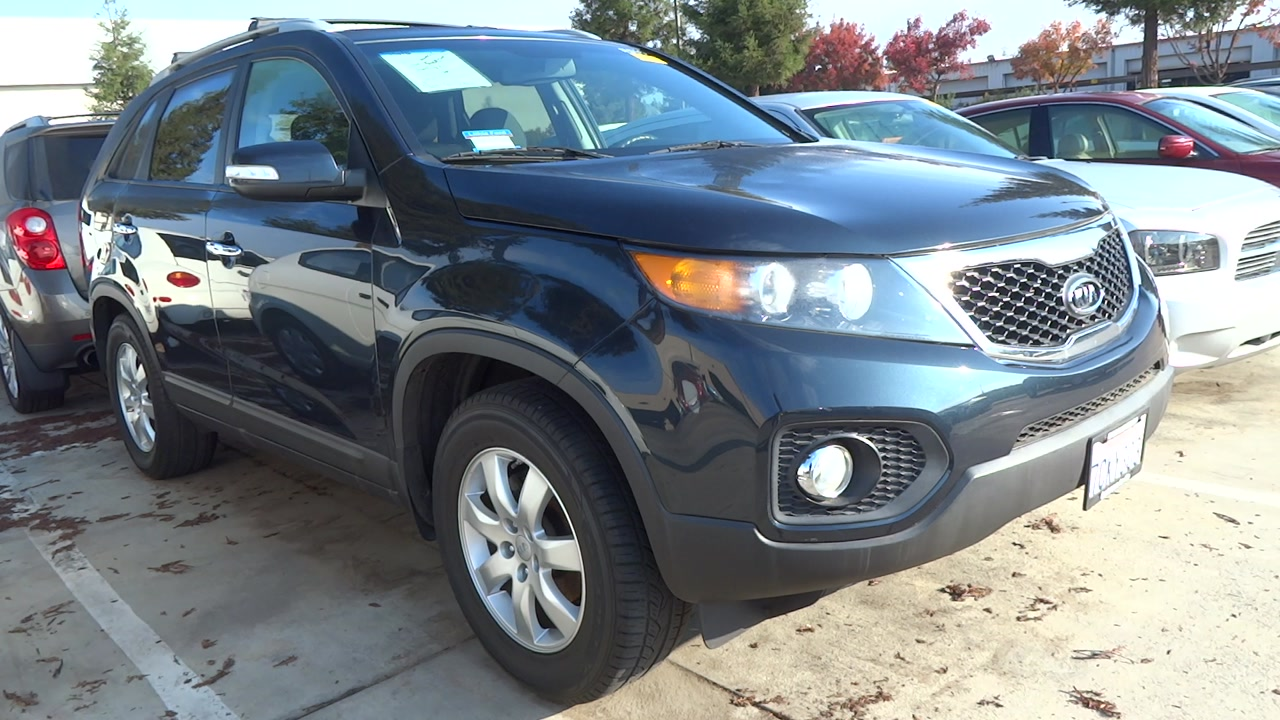 new and used kia sorento for sale in fresno ca the car connection. Black Bedroom Furniture Sets. Home Design Ideas