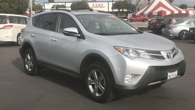 2015 Toyota RAV4 photo
