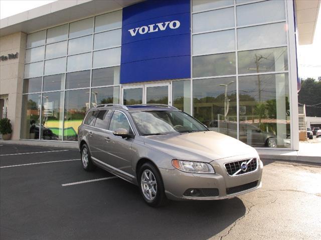 2010 Volvo V70