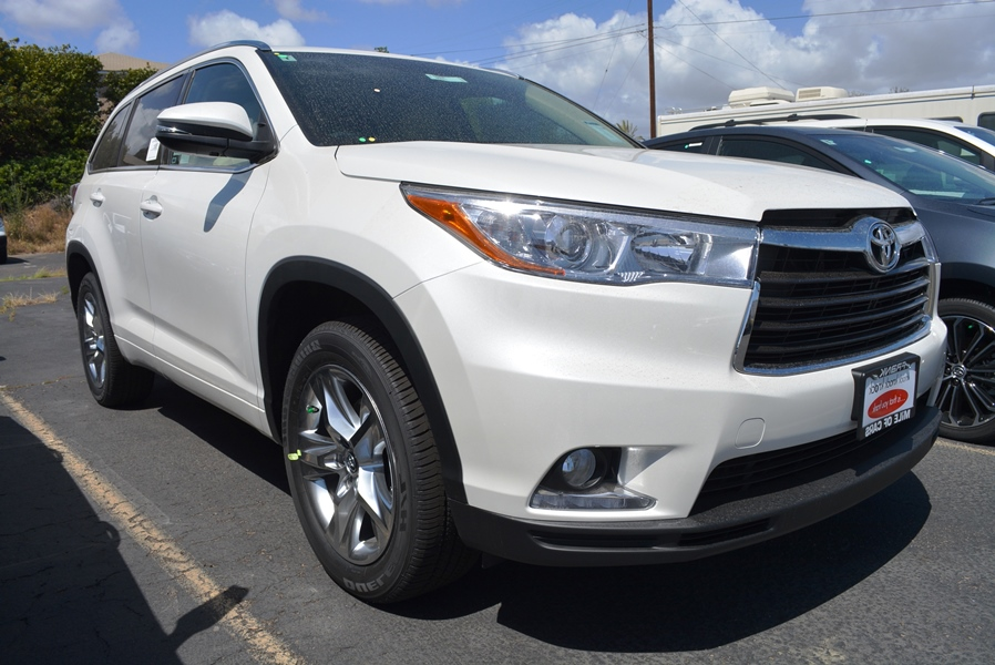 new and used toyota highlander for sale in san diego ca the car connection. Black Bedroom Furniture Sets. Home Design Ideas