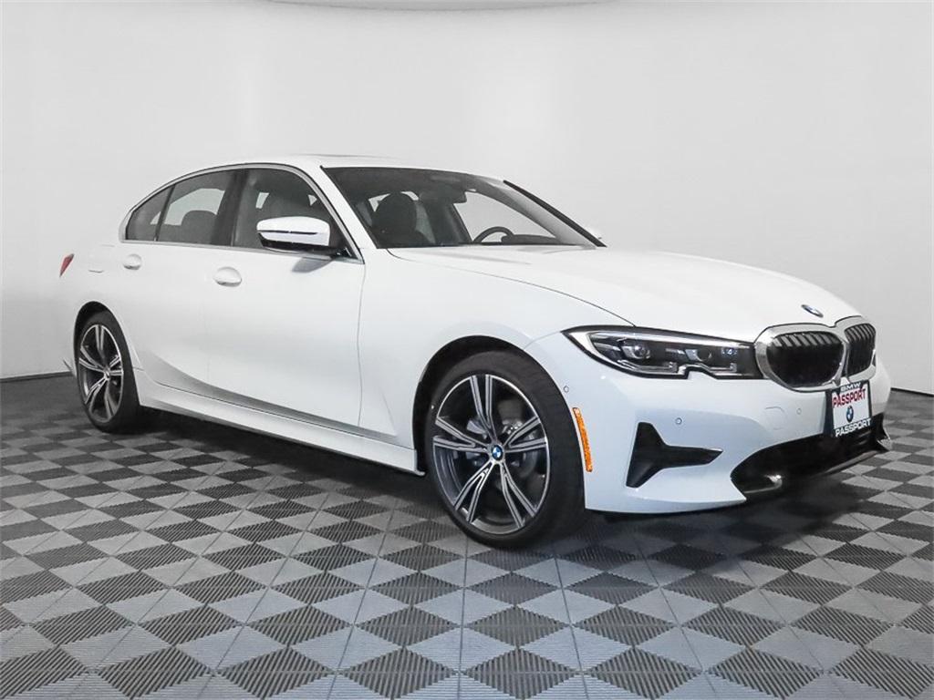 2021 BMW 3-Series 330e xDrive photo