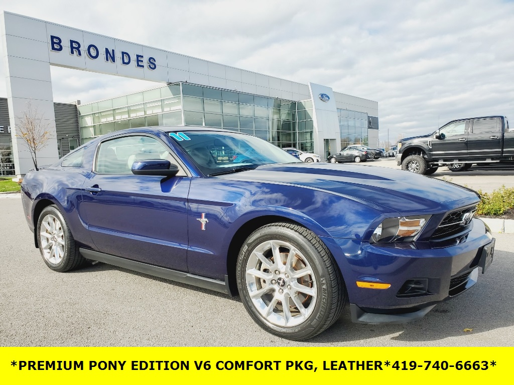 2011 Ford Mustang V6 Premium photo