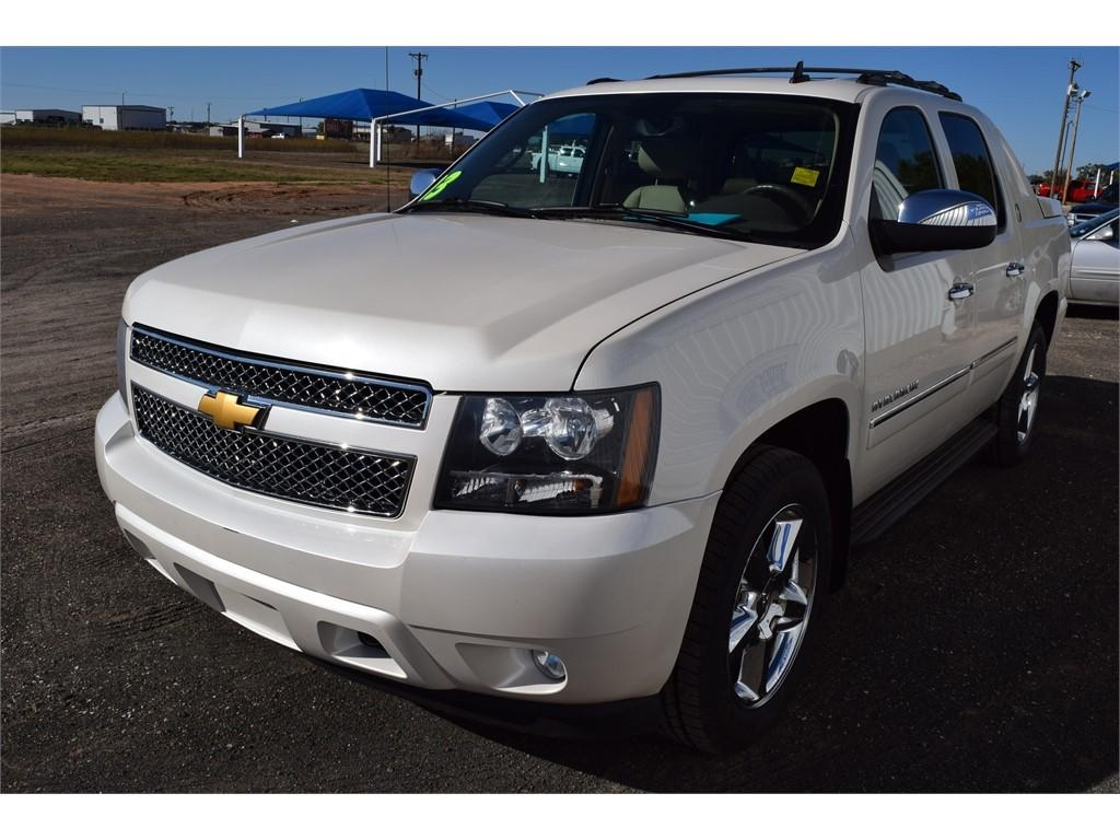 2013 chevrolet avalanche. Cars Review. Best American Auto & Cars Review