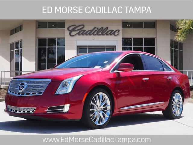 2013 Cadillac XTS Platinum Collection photo