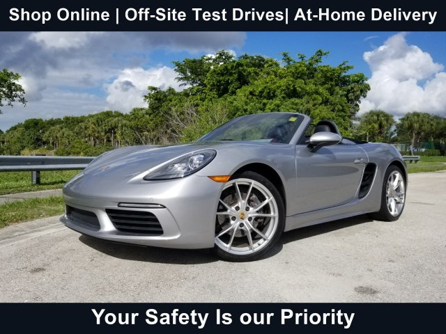 2017 Porsche Boxster photo