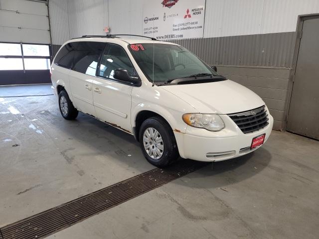 Chrysler Town & Country LWB Under 500 Dollars Down