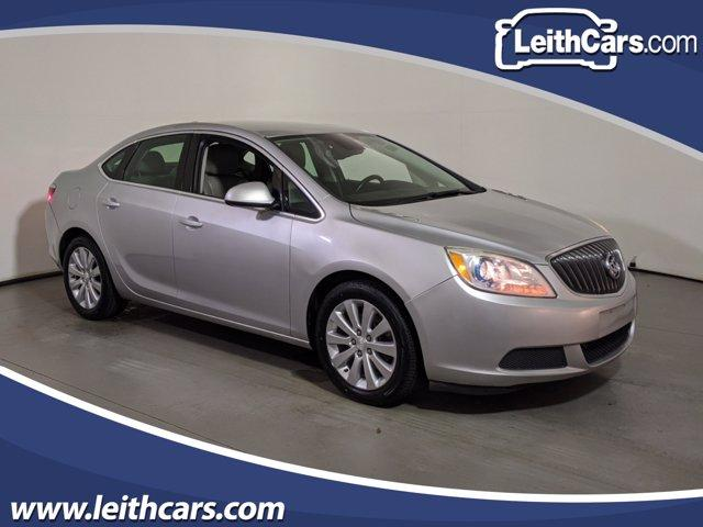 2015 Buick Verano photo