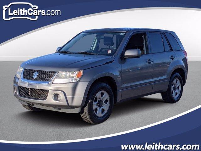 2010 Suzuki Grand Vitara Premium photo