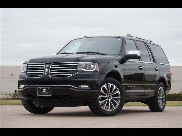 2016 Lincoln Navigator  photo