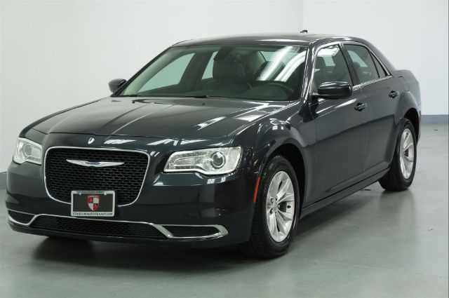 Pre Owned Chrysler 300 Under $500 Down