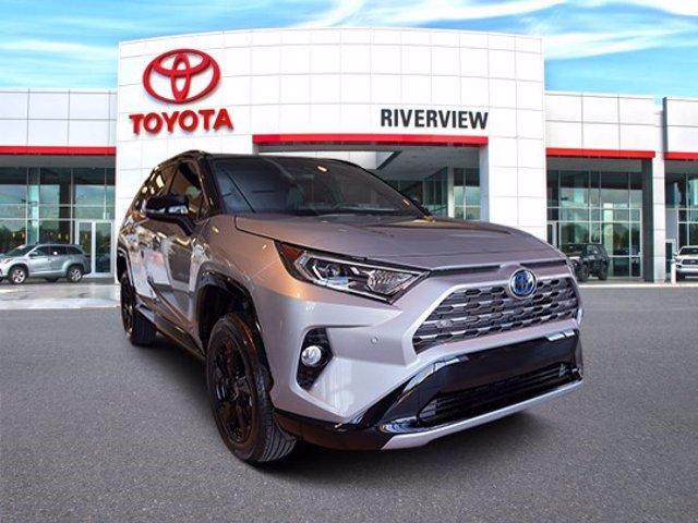 2021 Toyota RAV4 Hybrid XSE photo