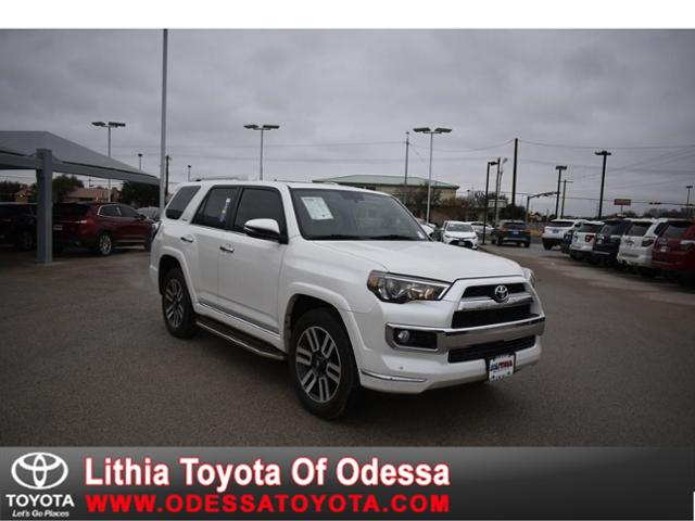 2018 Toyota 4Runner SR5 photo