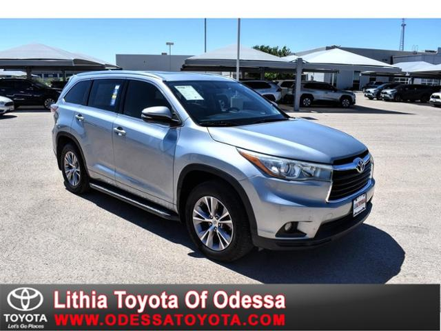 2015 Toyota Highlander XLE photo