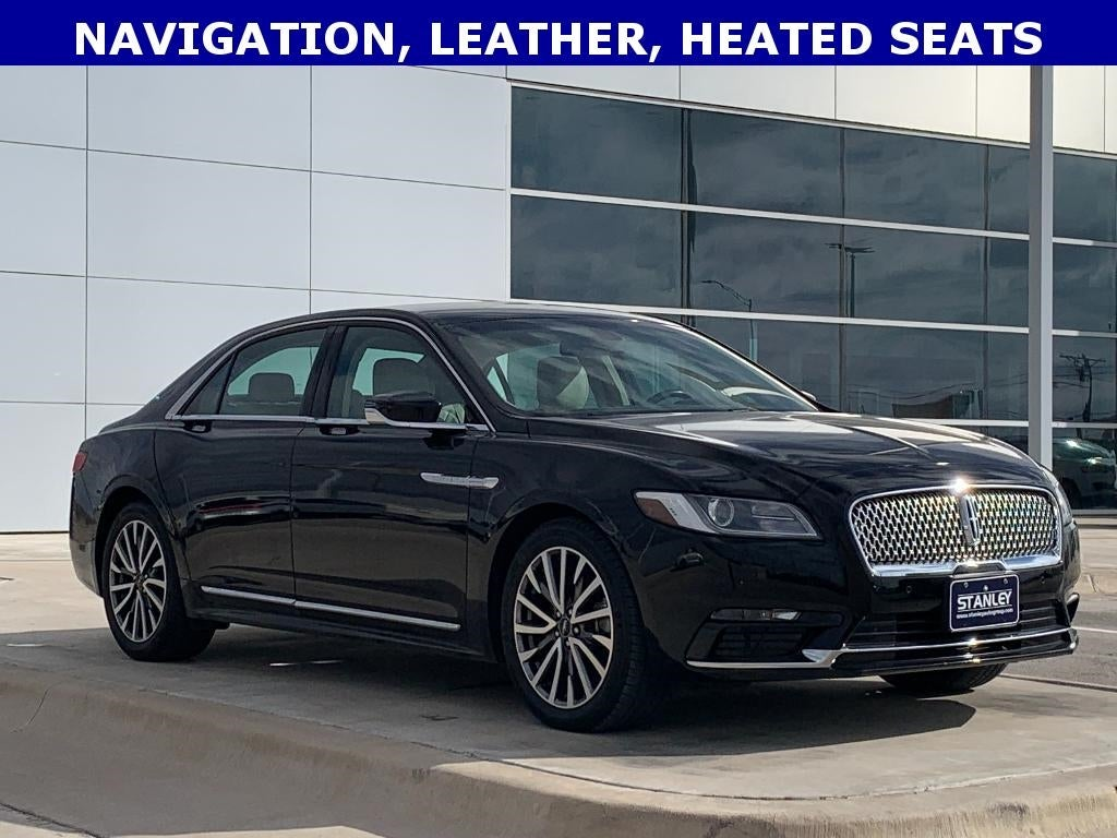2017 Lincoln Continental Select photo