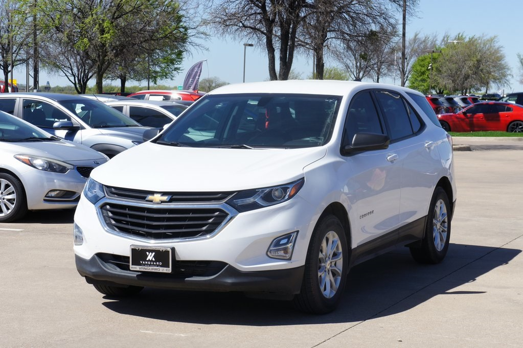 2018 Chevrolet Equinox LS photo
