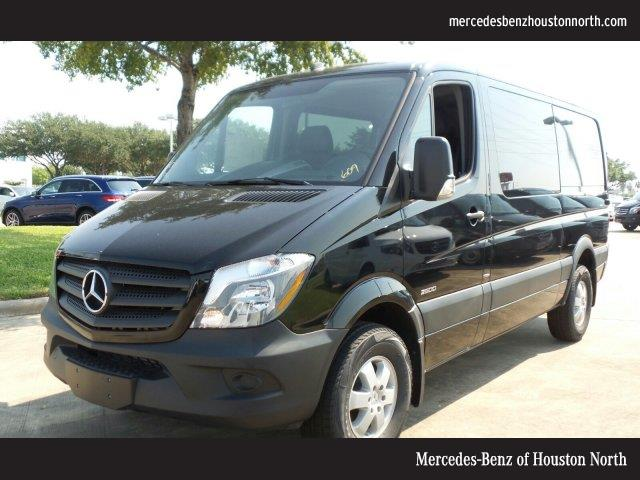 New and used mercedes benz sprinter crew vans for sale for Used mercedes benz minivan for sale