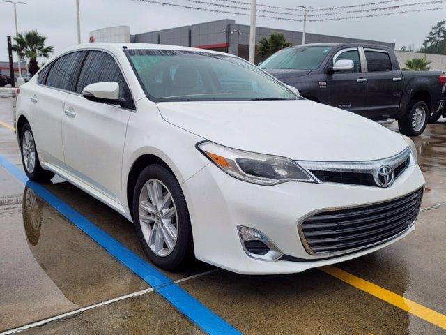 2014 Toyota Avalon XLE photo