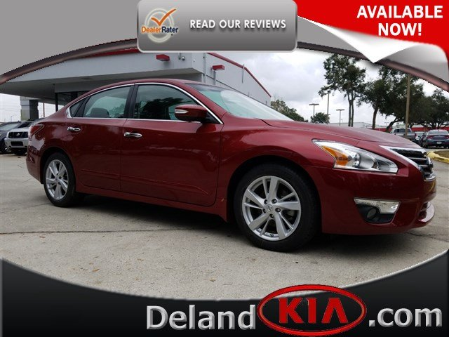 2015 Nissan Altima and