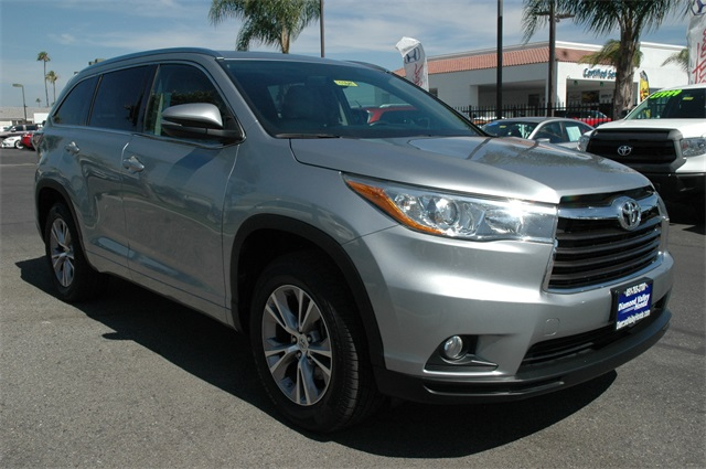 new and used toyota highlander for sale in temecula ca u s news wor. Black Bedroom Furniture Sets. Home Design Ideas