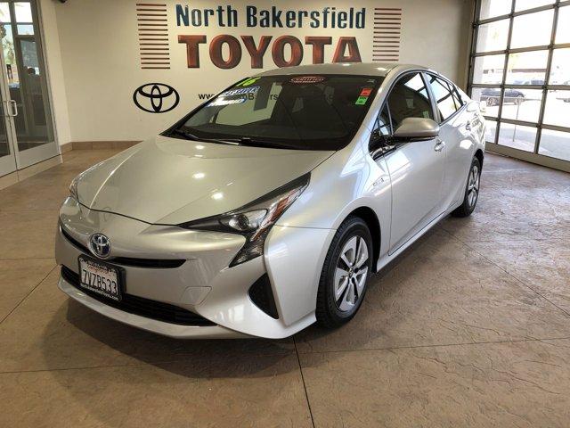2016 Toyota Prius  photo