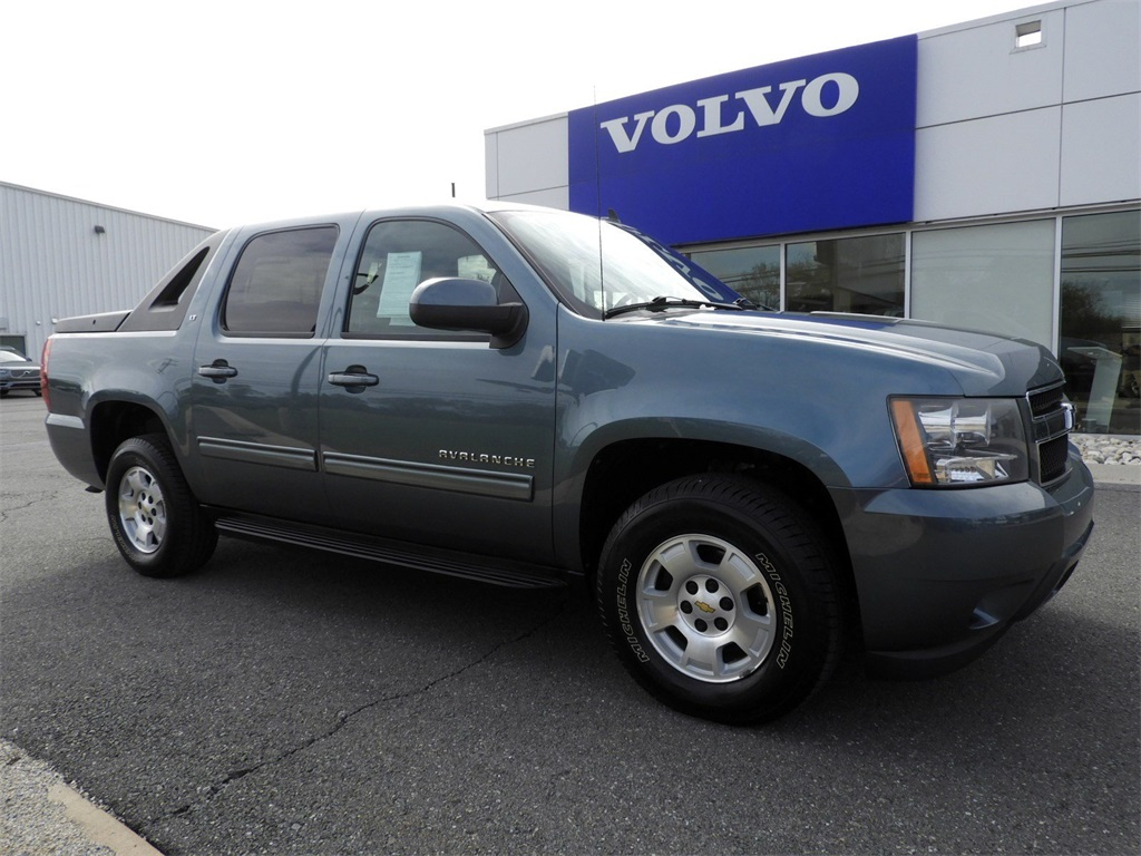 Chevrolet Avalanche Under 500 Dollars Down