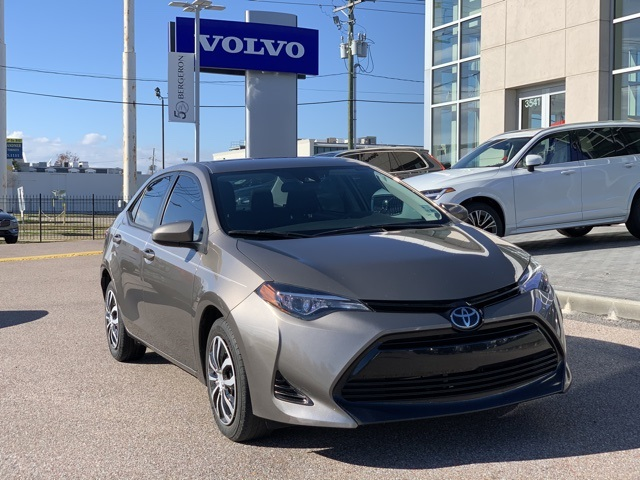 2017 Toyota Corolla L photo