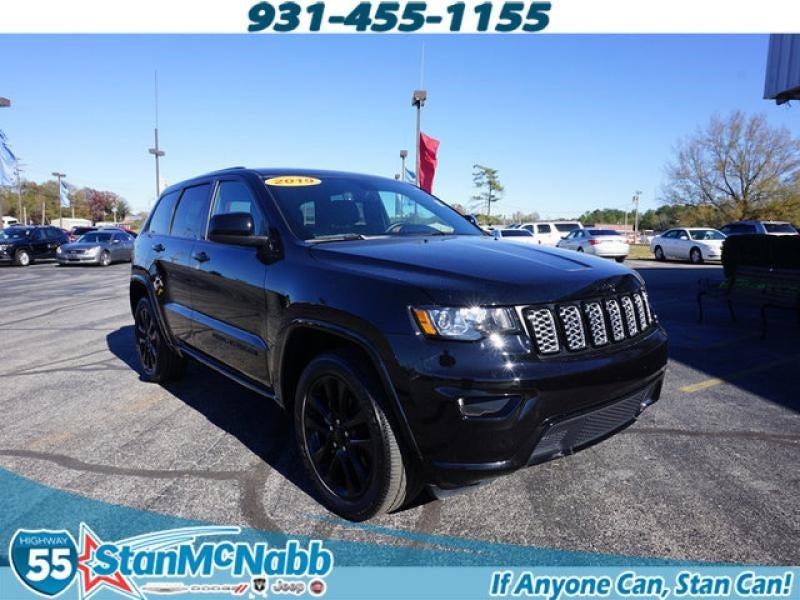 2019 Jeep Grand Cherokee Laredo photo