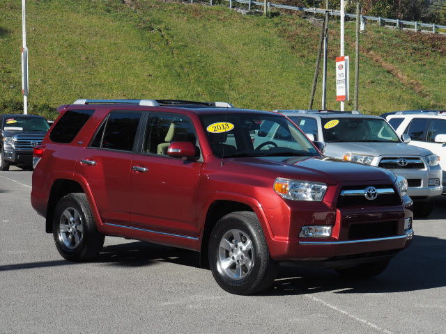 Morgantown, WV - 2013 Toyota 4Runner
