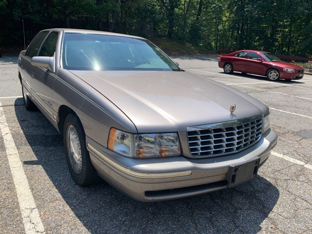 Cadillac d'Elegance Under 500 Dollars Down