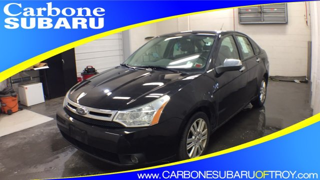 2010 Ford Focus SEL photo