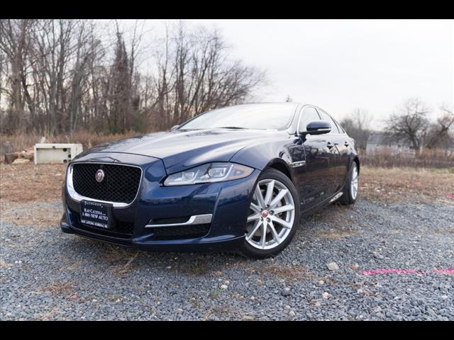 2016 Jaguar Xj