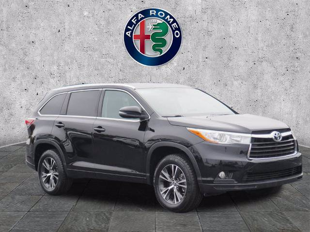 2016 Toyota Highlander XLE photo