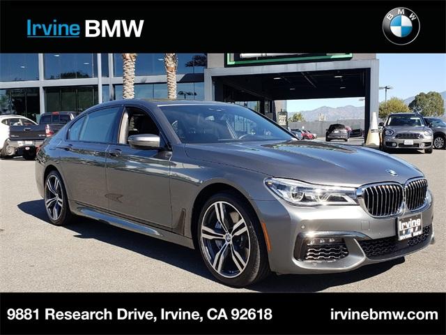 2016 BMW 7-Series photo