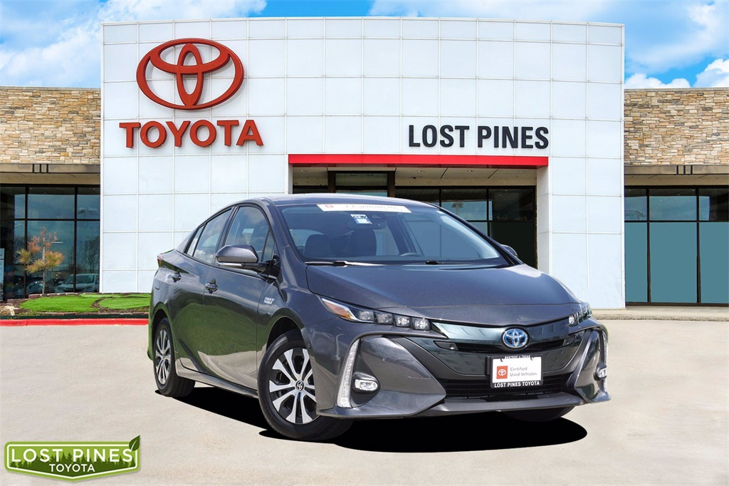 2020 Toyota Prius Prime LE photo