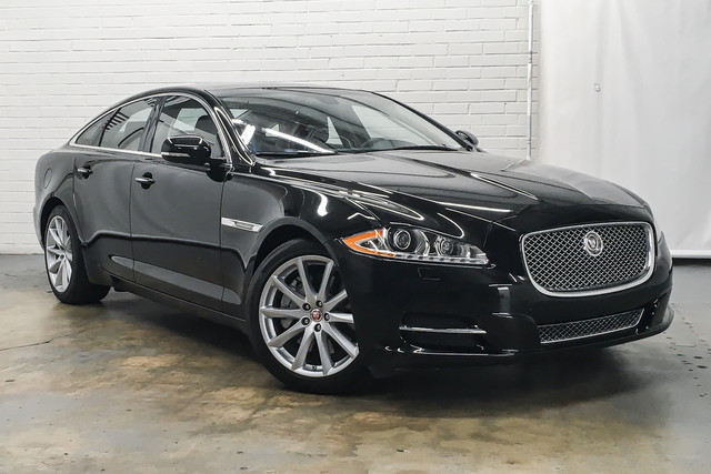 2015 Jaguar XJ-Series photo
