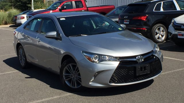 2015 Toyota Camry L photo