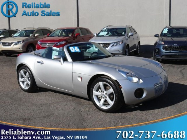2006 Pontiac Solstice photo