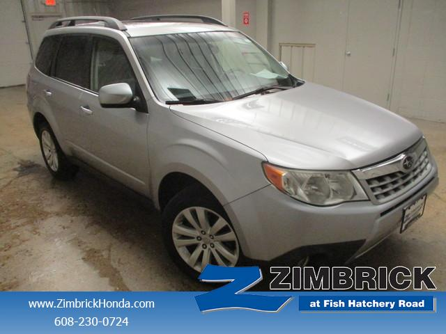 2012 Subaru Forester 2.5X Limited photo