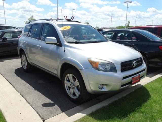 Rent To Own Toyota RAV4 in Glendale Heights