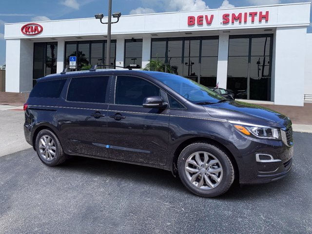 2021 Kia Sedona  photo