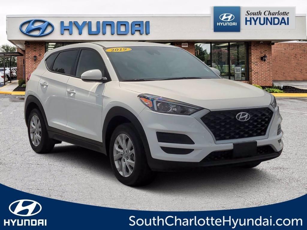 2019 Hyundai Tucson SE photo