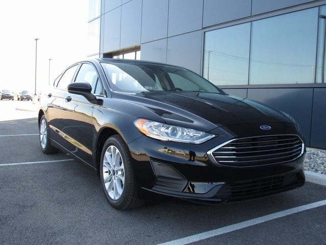 2020 Ford Fusion Hybrid SE photo