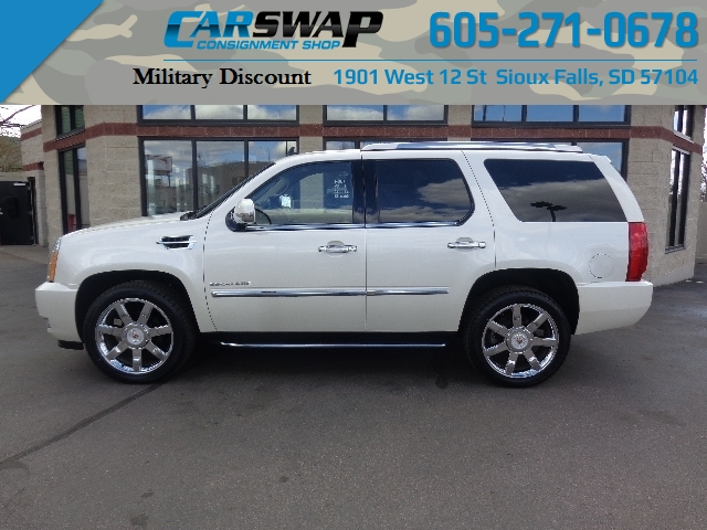 2014 Cadillac Escalade LUXURY AWD 6.2L (ONE OW...