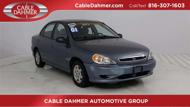 2001 Kia Rio photo