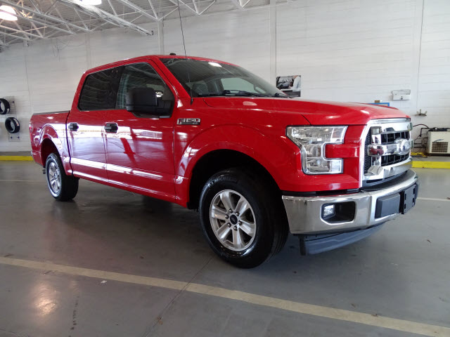 2017 Ford F-150 XLT 2WD SUPERCREW 5.5 BO