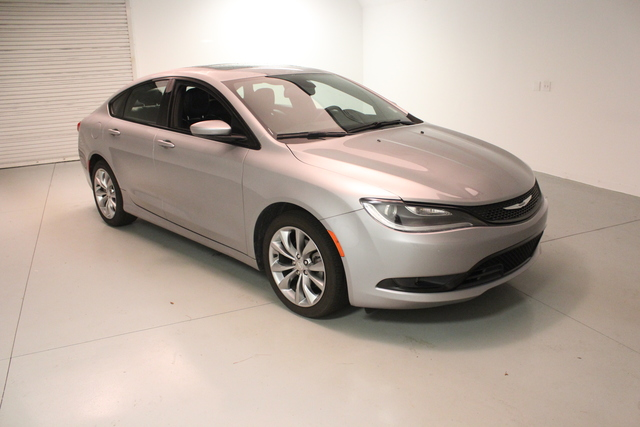 Chrysler 200 Under 500 Dollars Down