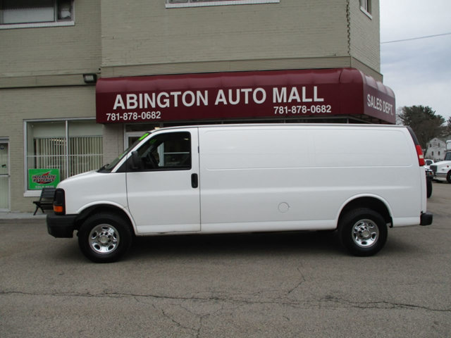 2010 Chevrolet Express 2500 2500 photo